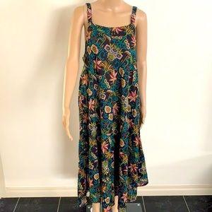 POSITIVE | Floral maxi dress
